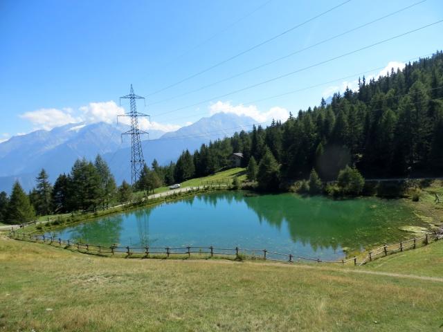 Il piccolo lago presso il Col du Joux