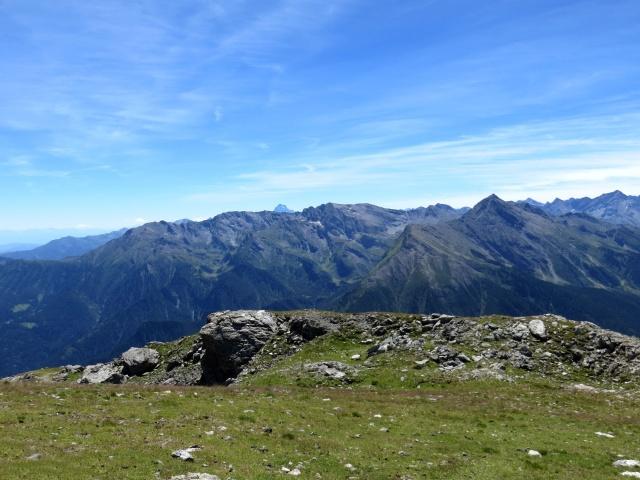 Panorama dalla Cima Ciantiplagna - sullo sfondo in centro la punta del Monviso