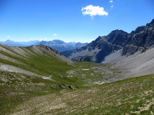 Panorama sul versante italiano dal Colle della Rho