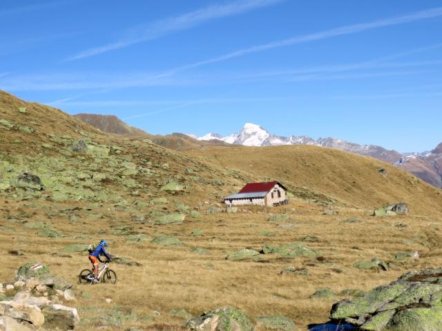 In località Treichbode all'interno del vallone lungo pendici del Chastelhorn