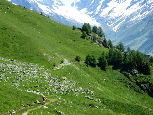 Alta Via della Lötschental in direzione di Hockenalp