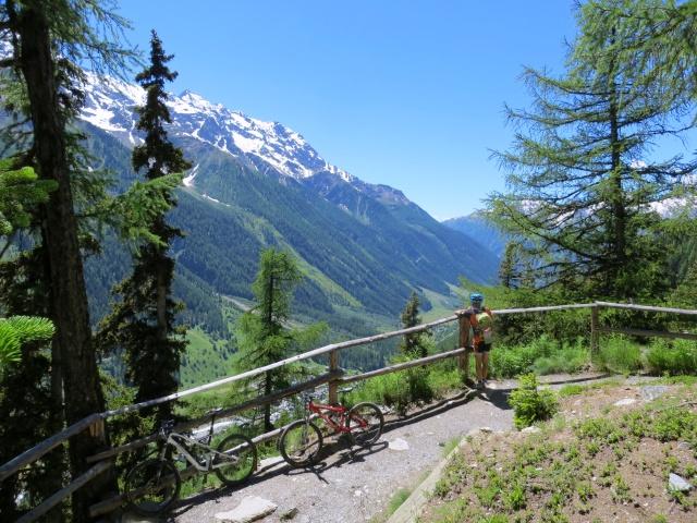 Alta Via della Lötschental in direzione di Fafleralp