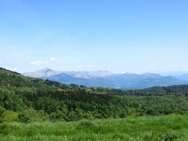 Panorama su Monte Zeda, prealpi varesine e prealpi ticinesi
