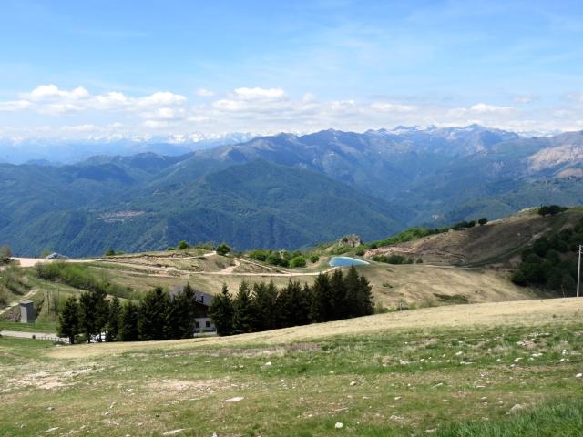 Panorama dalla vetta del Mottarone - vista occidentale sull'area circostante