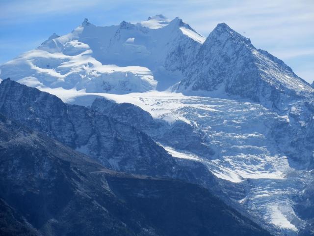 Moosalp - vista sul gruppo del Mischabel (Dom 4.545 mt, Nadelhorn 4.327 mt, Lenzspitze 4.294 mt, Duerruhorn 4.035 mt, Stecknadelhorn 4.242 mt, Hohberghorn 4.219 mt)