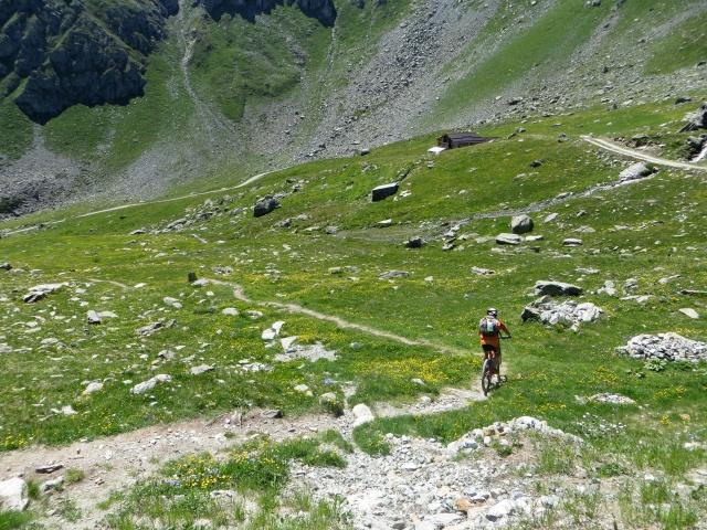 Inizio del sentiero che scende dal Rifugio Grand Tournalin