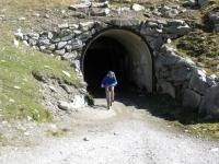 Uscita dal tunnel sotto il Taelligrat