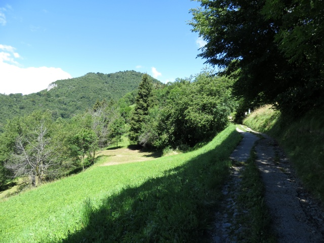 Salita all'Alpe di Agueglio