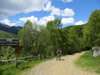 Salita alla Bocchetta della Boscarola, bivio per l'Alpe Camparient