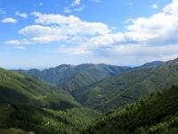Panorama su Bielmonte e l'Alta Valsessera dalla sella tra la Colma dei Lavaggi ed il monte Camparient