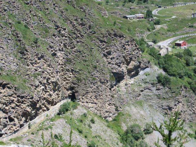 Le prime fortificazioni militari che si incontrano in prossimità del Moncenisio