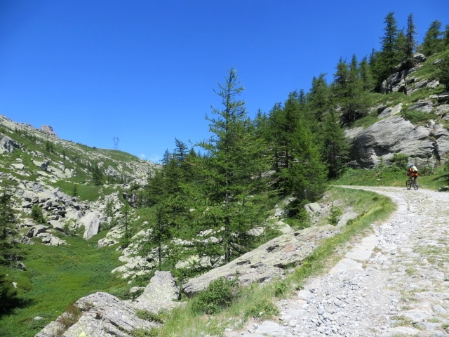 Salita al lago di Roterel dal lago d'Arpon