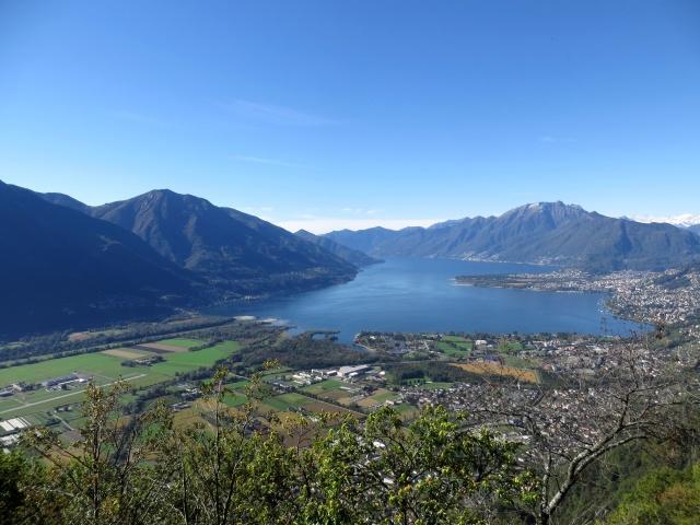 Monti di Ditto, panorama sul Lago Maggiore ed il Piano di Magadino