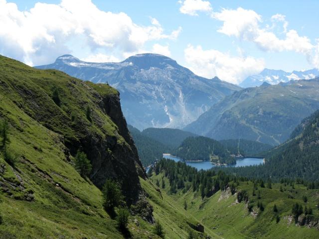 Salita all'Alpe Forno - panorama su Valle del Devero