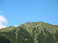 Cima delle Cicogne dall'Alpe di Giumello, con bunker del 1915