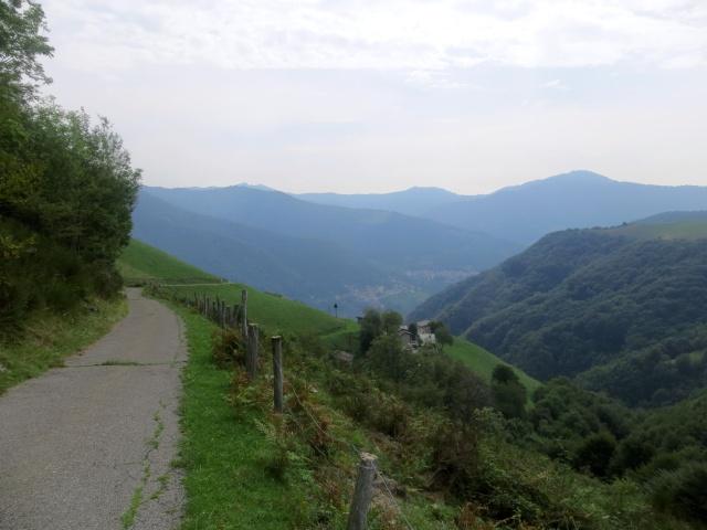 Panorama sulla Val di Muggio dall'Alpe di Castello