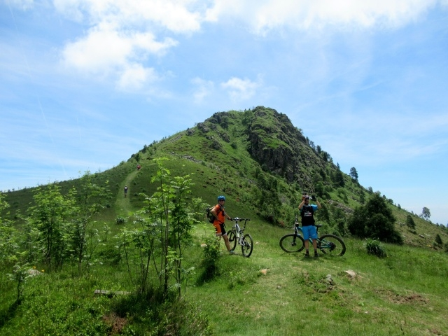 Monte Calvo - all'inizio del ripido sentiero che conduce sulla sommità