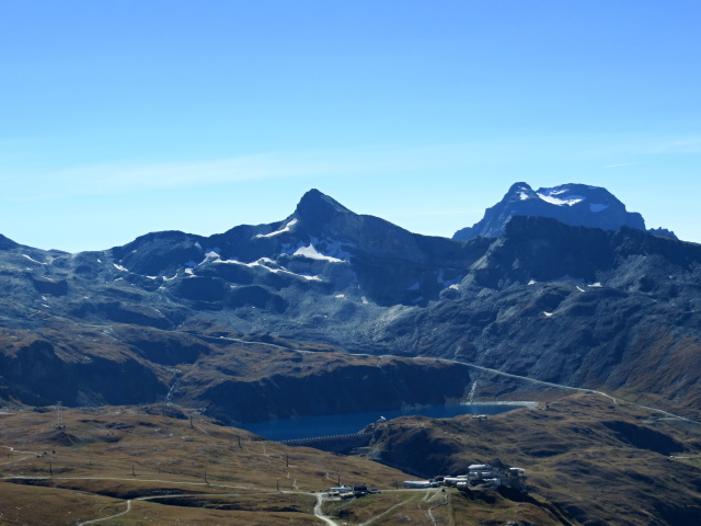 Il Lago Goillet ed il Colle Superiore delle Cime Bianche (sx), visti dal Rifugio Oriondè Duca Degli Abruzzi