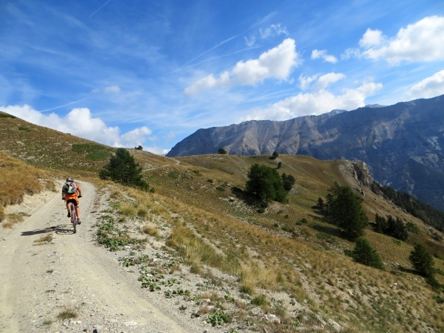 In direzione del Col de Granon in prossimità dell'alpeggio de La Combe