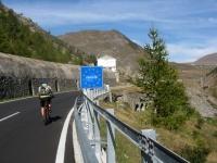 Salita al colle del Moncenisio - ingresso in Francia