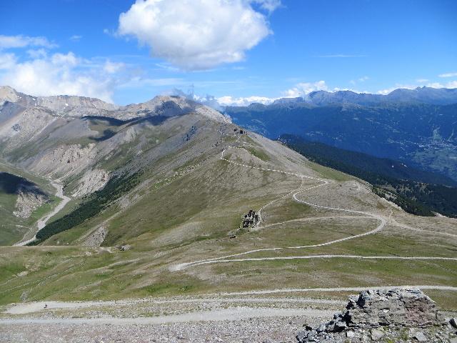 Salita allo Jafferau, panoramica sul percorso proveniente dal Colle Basset