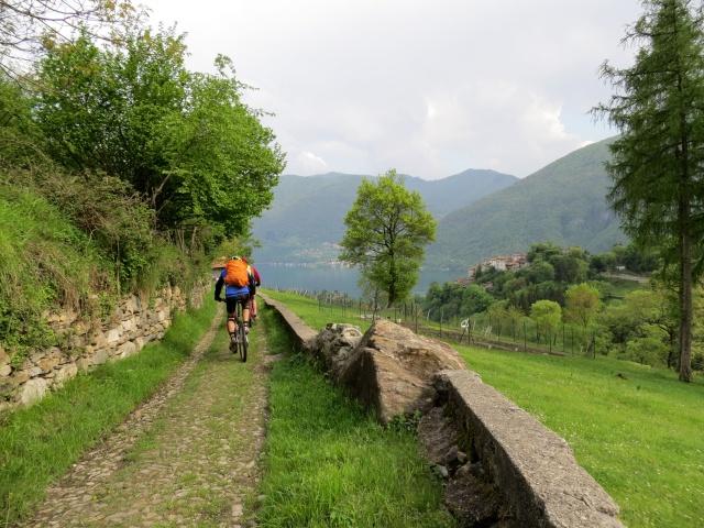 Discesa in Valsolda, nei pressi di Puria
