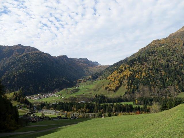 Val di Campo dalla strada per la diga del Lago di Luzzone