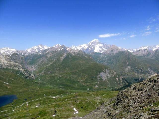 Il massiccio del Monte Bianco e l'attigua catena alpina, visti dal Colle Belvedere