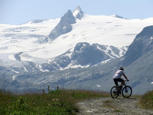 Salita a Les Suches, particolare sul ghiacciaio del Rutor