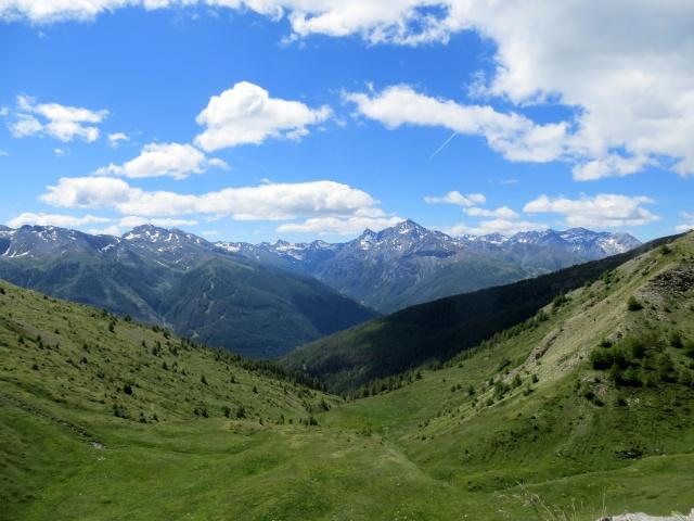 Salita al Monte Genevris lungo la Strada dell'Assietta, panorama