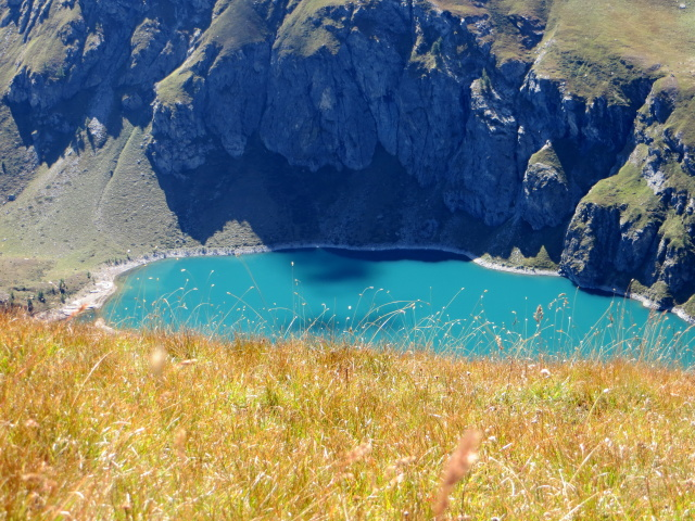Il Lago di Cignana dall'antecima del Monte Pancherot