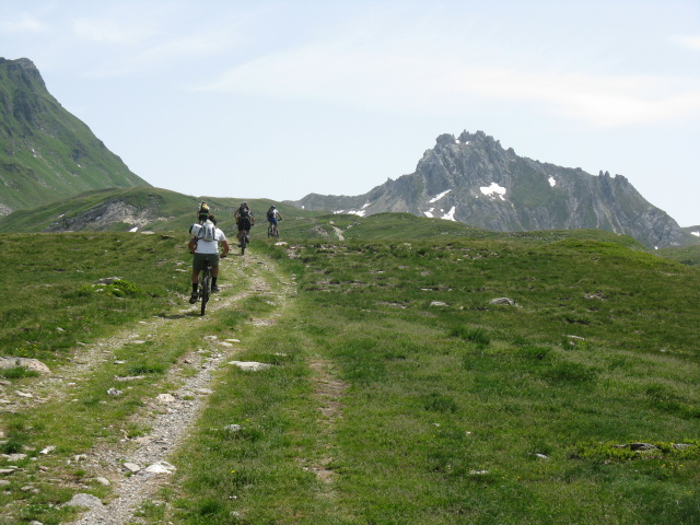 Dopo l'Alpe Carorescio in direzione del Passo del Sole