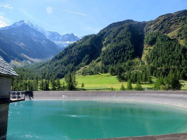 Lago di Egga, sullo sfondo il Fletschhorn