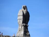 Aquila di pietra nei pressi del Simplonpass