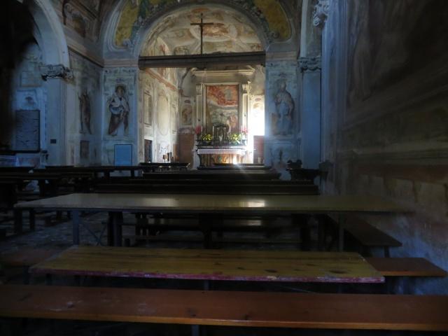 Interno della Chiesa posta sul Colle Sant'Elia