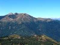Panoramica su Monte Tamaro e Alpe Foppa da Motto della Croce