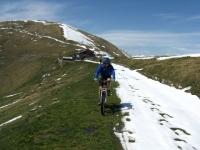 In direzione del Monte di Tremezzo - rifugio Venini sullo sfondo