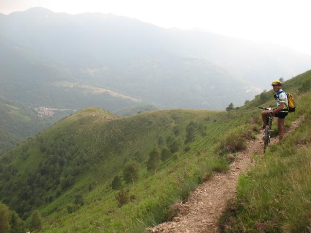 Discesa verso l'Alpe del Lazzarino