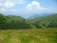 Discesa verso la Valle d'Intelvi - Alpe Squadrina