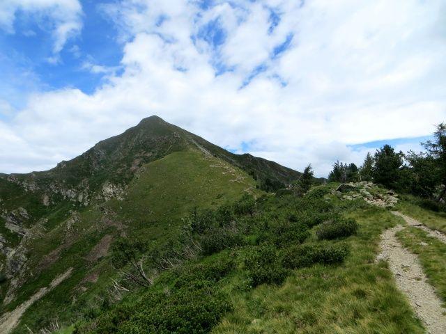Bassa di Indemini e vetta del Monte Tamaro