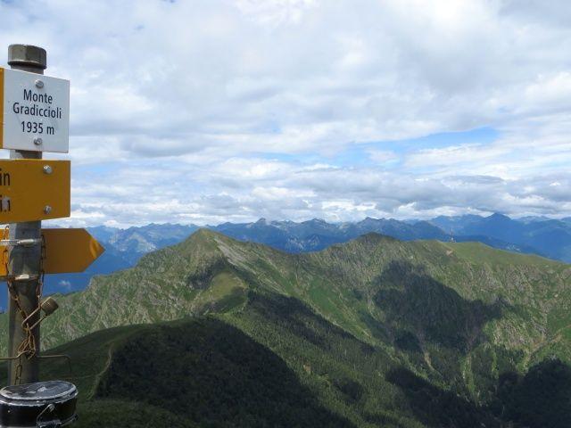 Il Tamaro dalla vetta del Gradiccioli