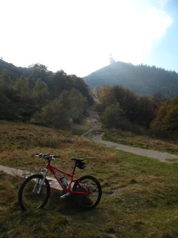 Forcella d'Arasio - vetta del Monte Lema sullo sfondo