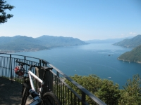 Lago Maggiore (parte sud) dalla balconata della chiesa di San Rocco