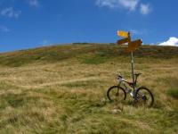 Crocevia di sentieri tra il Monte Paglione ed il Monte Covreto