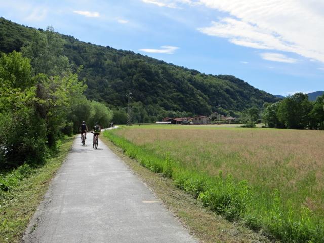 Ciclabile lungo il torrente Margorabbia