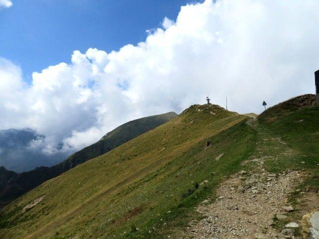 Tratto di sentiero che collega la Cima Manera con la Capanna Tamaro