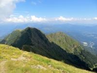 Sulla vetta del Monte Tamaro, panorama sul Motto Rotondo e la Cima Manera