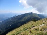 Sulla vetta del Monte Tamaro, panorama su Monte Gradiccioli