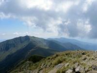 Sulla vetta del Monte Tamaro, panorama su Monte Gradiccioli (sx) e Monte Lema (dx)