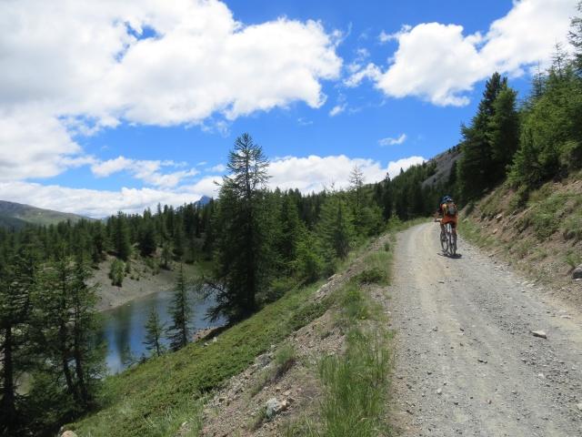 Il lago Granet dopo il Colle Bercia salendo verso Col Saurel